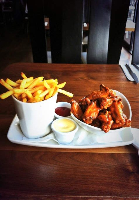Award Winning Spicy Chicken Wings with Fries Special